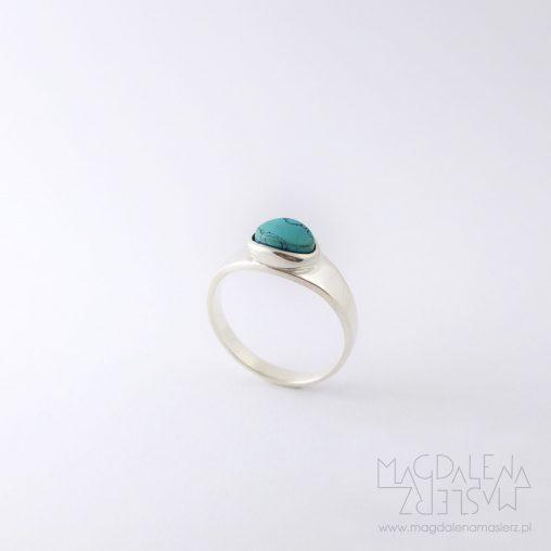 pierścionek z turkusem